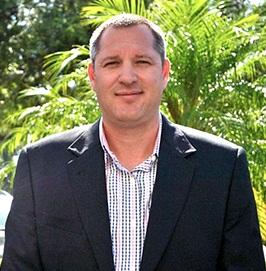 Ryan Irven, Cha